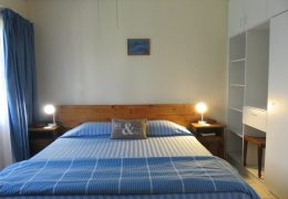 Dolphin Cottage – One bedroom cottage